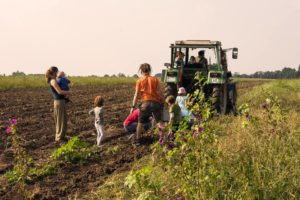 Infoveranstaltung solidarische Landwirtschaft @ Famil e.V.